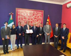 Certificate of Recognition granted to Mexican Ambassador in China by MEXCHAM